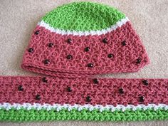 Crochetted Watermellon Scarf. Looks like it is a SC stitch and the beads sewed on later.