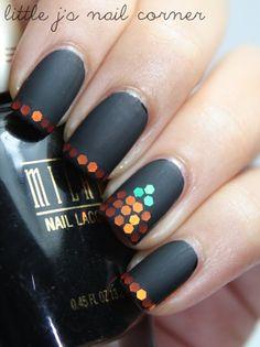 Glitter sequins Halloween nail art