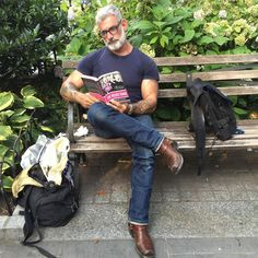 Anthony Verrecchia - Inspiration for Lawrence Barnsdale George Clooney, Justin Timberlake, Ellen Degeneres, Old Man Fashion, Mens Fashion, Anthony Varrecchia, Handsome Older Men, Outfits Hombre, Alpha Male