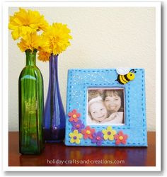 Bumble Bee Frame