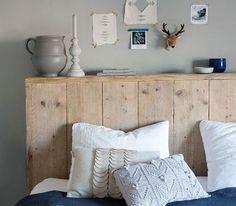 Make your new wooden headboard Pillow Headboard, Bed Pillows, Diy Headboards, Scandinavian Kitchen, Sweet Home, Bedroom Decor, Furniture, Home Decor, Diy Simple