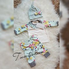 Check out this item in my Etsy shop https://www.etsy.com/listing/263818747/adorable-newborn-baby-girl-3-piece