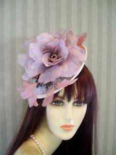 Kentucky Derby Fascinator Hat Wedding Hat Bridal Ascot preakness 02173f5b163