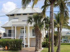 Steps to the Bonita Beach ! Heated Pool... - HomeAway Florida South Gulf Coast