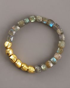 Thai Hammered Gold & Labradorite Bracelet I would layer 8 to 12 of these. Diy Jewelry, Beaded Jewelry, Jewelry Box, Jewelery, Jewelry Bracelets, Jewelry Accessories, Handmade Jewelry, Jewelry Design, Fashion Jewelry