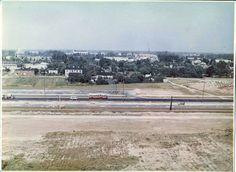 Ulica Aleksnadrowska. Zdjęcie wykonane z bloku nr. 204. 1974r.(?)