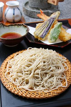 Tenseiro, set of soba and tenpura 天せいろ