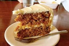 Most current Pics American Carrot Cake (The Authentic) Popular Whether steamy breakfast Drink or fruity refreshment between – Smoothies only generally go. Homemade Carrot Cake, Healthy Carrot Cakes, Healthy Treats, Pear Recipes, Banana Recipes, Cake Recipes, Pecan Cake, Salty Cake, Food Cakes