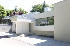 Eingansfassade: moderne Häuser von Neugebauer Architekten BDA