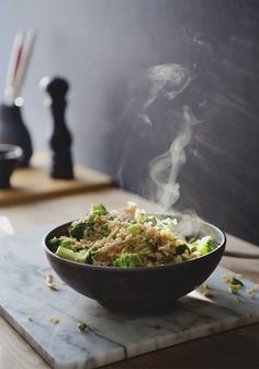 Pour passer vos restants de dinde, je vous propose un bon riz frit qui est simple et rapide à préparer.