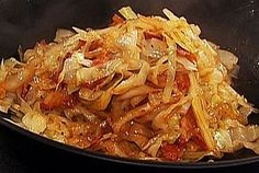 Braised Cabbage recipe from Emeril Lagasse via Food Network Cabbage And Bacon, Cabbage Recipes, Vegetable Recipes, Sour Cabbage, Food Network Recipes, Cooking Recipes, Healthy Recipes, Carrot Recipes, Healthy Appetizers