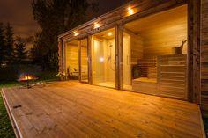 Sauna open to view would be amazing. Hot tub maybe in front on deck, sunk down a bit? Diy Sauna, Sauna House, Sauna Room, Outdoor Kitchen Patio, Outdoor Rooms, Modern Saunas, Sauna Design, Design Design, Interior Design