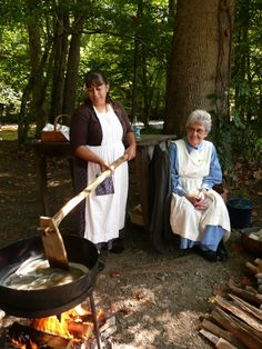 Join us for the Mountain Life Festival and celebrate the beginning of fall in the Smoky Mountains. Discover this old time celebration and demonstrations of the old mountain methods.