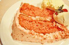 yummy strawberry cake