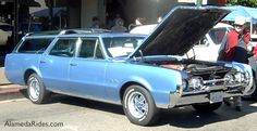 1967 Oldsmobile Vista Cruiser Station Wagon - SFREsource.com - snow this is a swagger wagon