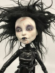 Porcelain Tile From China Product Custom Monster High Dolls, Monster Dolls, Monster High Repaint, Custom Dolls, Homemade Face Paints, Porcelain Dolls Value, Diy Crafts For Girls, Living Dead Dolls, Gothic Dolls