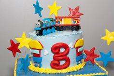 Cute Thomas the Train cake.