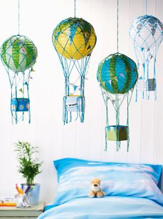 Make paper hot air balloons with the how-to in issue 43 of Homemaker! Image: cliqq.co.uk