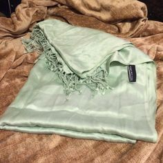 Jones New York mint Scarf JNY, mint scarf. No stains, only used one time. Jones New York Accessories Scarves & Wraps