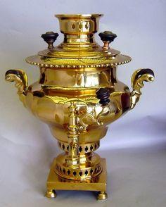 Espetacular Tombak Bronze Samovar em perfeitas condições de funcionamento. Mid do século 19.