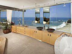 Beach House / Sahil Evi