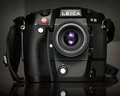 Leica R8.