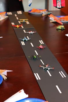 Craft That Party: Disney Planes Party Disney Planes Birthday, Disney Planes Party, 4th Birthday Parties, 2nd Birthday, Birthday Ideas, Airplane Party, Baby Shower, First Birthdays, Party Time