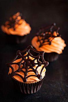 Deco Bureau Halloween, Menu Halloween, Bolo Halloween, Postres Halloween, Dessert Halloween, Halloween Baking, Halloween Cakes, Easy Halloween, Halloween Season