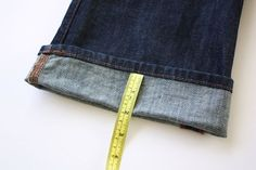 This tutorial will teach you how to hem jeans and keep the original hem! It's fast and easy and will save you from taking them to a tailor.