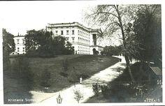 Christiania Kristiania Slottet sett fra Drammensveien brukt 1920 Utg B.C. &. A. H.
