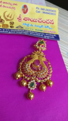 64 ideas for jewerly gold necklace indian earrings Gold Jhumka Earrings, Jewelry Design Earrings, Gold Earrings Designs, Gold Jewellery Design, Peacock Earrings, Cartier Jewelry, Indian Earrings, Gold Necklace, Gold Jewelry Simple