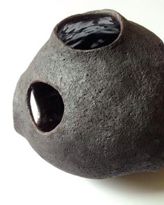 Spherical Stoneware Sculpture   Contemplating the black surface on this recent piece I made. Maybe the inside glaze is a bit too glossy compared to the matte outside surface... (@kayk_ceramics) Kay Kojima