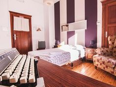 6. sunset-hostels-lisbon - Cool Hostels in Europe for Couples - A World to Travel