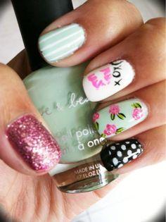 Adorable nails!