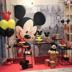 Party ideas for Kids: 50 Mickey Mouse party decoration ideas Mickey Mouse Party Decorations, Minnie Mouse Theme Party, Mickey Mouse Centerpiece, Fiesta Mickey Mouse, Mickey Mouse Invitation, Mickey Mouse Clubhouse Birthday, Elmo Party, Mickey Mouse Parties, Mickey Party