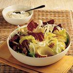Hardal ve Yoğurt Soslu Salata