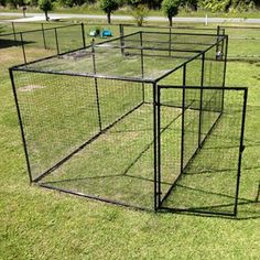 Outdoor Cat Pen from Purrfect fence of flared & ground-staked steel grid fencing for additional predator protection down at the bottom -- can that be buried? Outdoor Cat Playpen, Outdoor Cat Pen, Outdoor Cat Enclosure, Cat Fence, Dog Area, Bird Aviary, Cat Condo, Feral Cats, Dog Runs