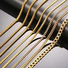 Mens Chain Necklace, Necklace Types, Chain Necklaces, Gold Necklace For Men, Snake Necklace, Chain Jewelry, Colar Fashion, Fashion Necklace, Fashion Fashion