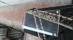 Oakley Display Case for Romeo Juliet XX Frogskin | eBay