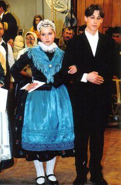 Jugendtrachtenverein Banater Rosmarein Temeswar; Ansamblul folcloric german Timisoara. Wolfsberger Braut