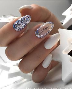 35 Stylish White Nails Art Design Trend in 2019 - Page 4 of 7 - The most beautiful nail designs Sparkle Nails, Glitter Nail Art, White Nail Art, White Nails, Nail Pink, Orange Nail, Black Nails, White Art, White White