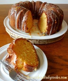 ORANGE BUNDT CAKE - The Southern Lady Cooks - add 1 cup dried cranberries, use orange cake mix, vanilla AND orange extract Orange Juice Cake, Orange Bundt Cake, Orange Zest, Bunt Cakes, Cupcake Cakes, Cake Mix Recipes, Dessert Recipes, Cake Mixes, Brunch Recipes