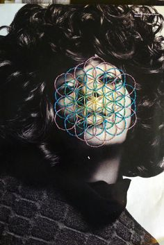 New Embroidered Photographs - By Jose Romussi . You might also like Sources: Jose Romussi ignant. Modern Embroidery, Embroidery Art, Jose Romussi, Beautiful Collage, Flower Of Life, Black And White Pictures, Embroidery Techniques, Retro, Textile Art