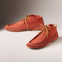 Our 'Prairie Path' chukka boots put a colorful, modern twist on a classic moccasin silhouette. Mens Woven Loafers, Shoe Sketches, Leather Craft Tools, Clothes Horse, Moccasins, Plus Size Fashion, Perfect Fit, Footwear, Clothes For Women