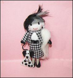 Cruella de Vil Cruella deville pin brooch Miniature by Finasita