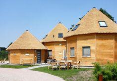 Familienfreundliche Hotels, Lodges, Feldkirch, Road Trip, Cottage, House Styles, City, Places, Outdoor Decor