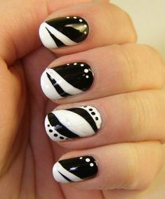 Black and white nail art designs are always my favorite! - Black and white nail art desig. Fabulous Nails, Gorgeous Nails, Pretty Nails, Black And White Nail Designs, Black And White Nail Art, Black Nails, Fancy Nails, Love Nails, Color Nails