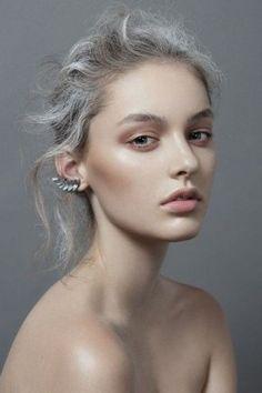 #grannyhair grey hair trend