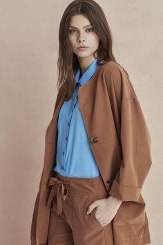 Raincoat, Winter Fashion, Bomber Jacket, Blazer, Frankfurt, Showroom, Womens Fashion, German, Turkey