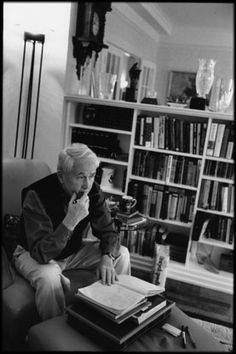 Frank McCourt, photographed by Jill Krementz.
